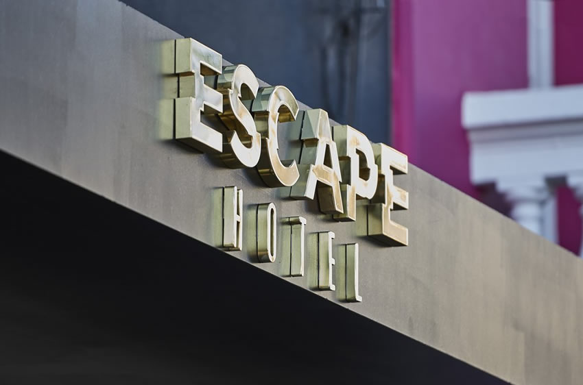 escape hotel fachada